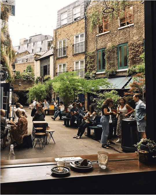 pretty coffee shop london