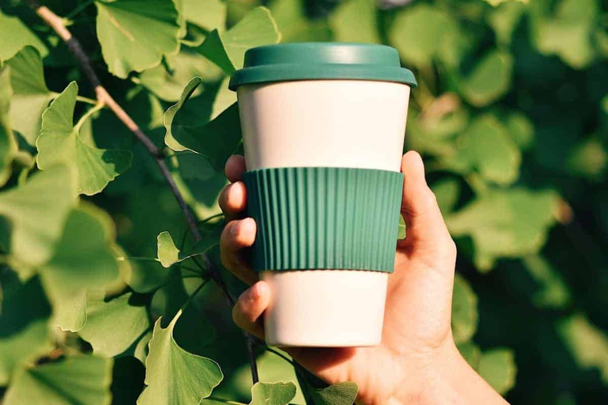 Reusable coffee cup discounts